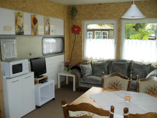 wohnwagen. Black Bedroom Furniture Sets. Home Design Ideas